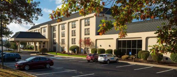 Hampton Inn Pittsburgh – Cranberry